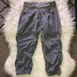 Cropped Ivivva Pants